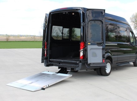 cantilever-series-extruded-aluminum-platform-liftgate-6